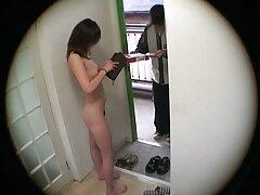 Un adolescente es una mano, un idiota es una videos trios caseros gratis chica.