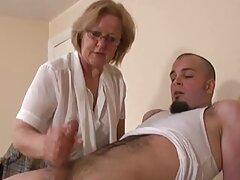 Dos hombres duermen con él en video trio casero dos madrigueras.
