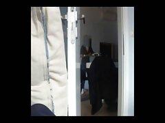 Rubia acariciando con un hombre trios cornudos caseros negro!